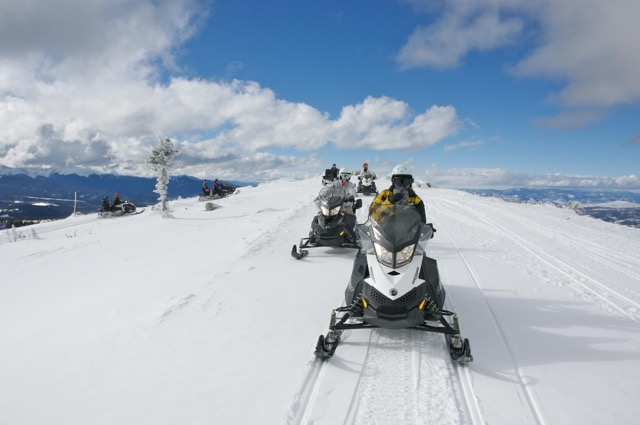 winter-park-snowmobiling-continental-divide